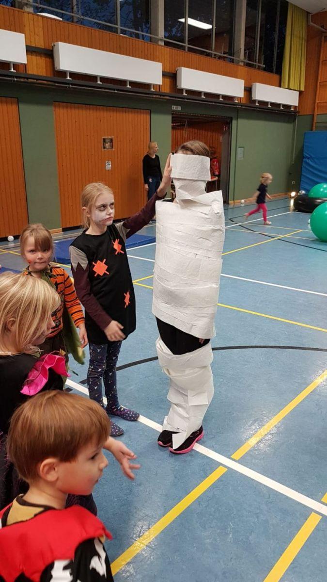 rueckblick-kindertanz_11
